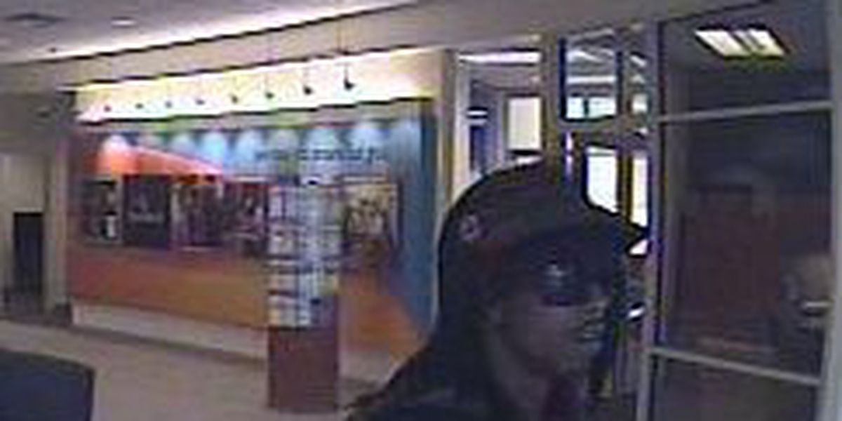 Pictures show bank robbery suspect in N. Charleston