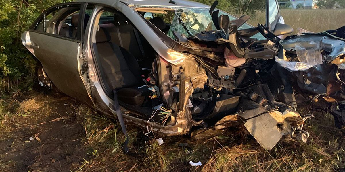 Murrells Inlet-Garden City crews rescue 1 trapped in vehicle after serious crash