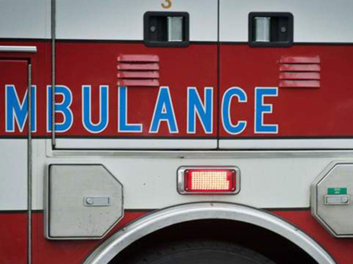 Crews respond to several crashes in Charleston area Saturday night