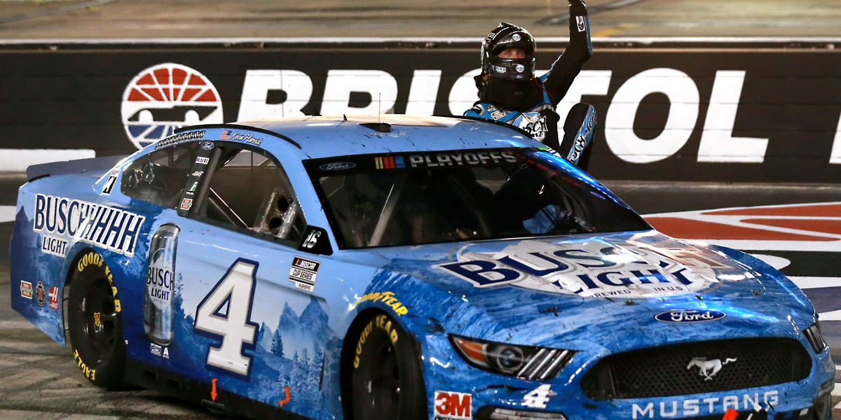Kevin Harvick nabs 9th win of season to roll into 2nd round