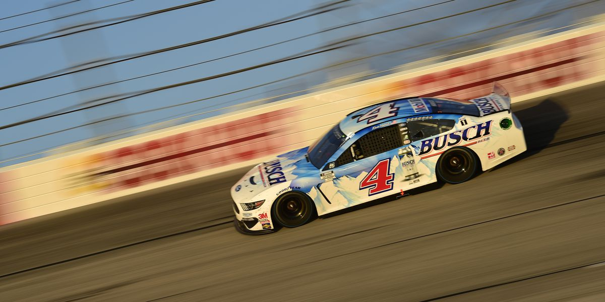 Harvick takes Southern 500 after leaders Elliott, Truex bump