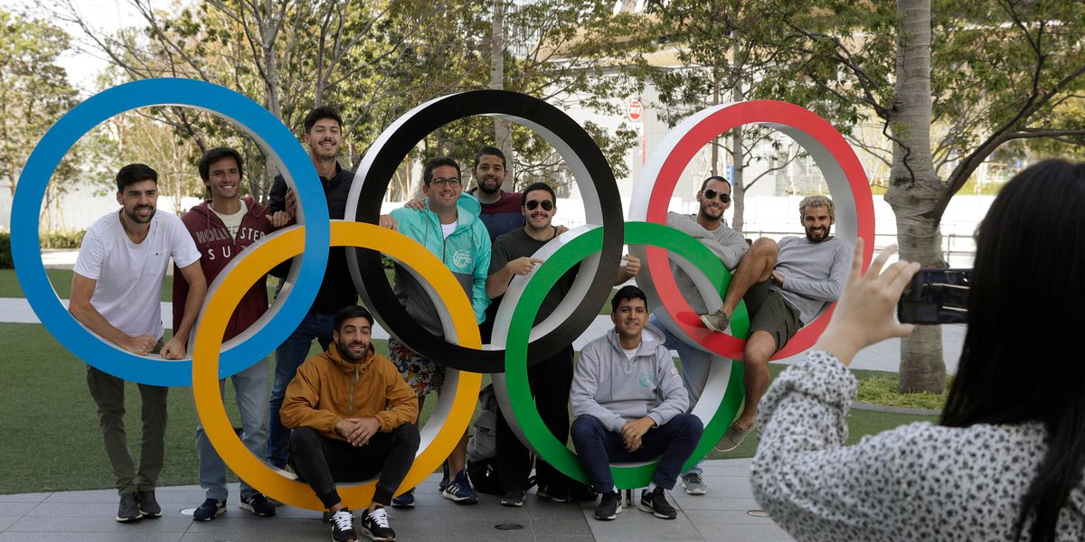 IOC looking at postponing Tokyo Olympics; Canada pulls out