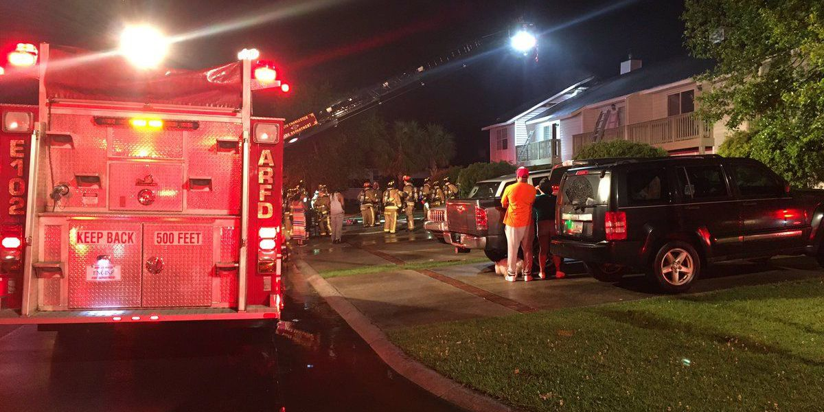 Emergency officials: Lightning strike causes apartment fire in N. Charleston