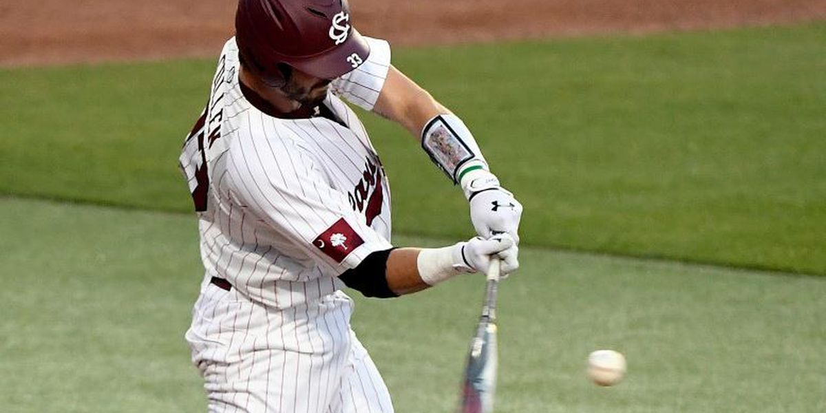 Gamecocks snag series from VMI