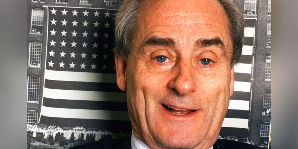 Sir Harold Evans, crusading publisher and author, dies at 92