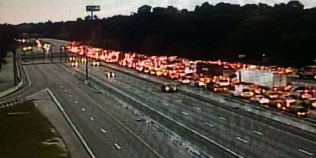 FIRST ALERT TRAFFIC: Lanes reopen after I-26 crash halted eastbound traffic