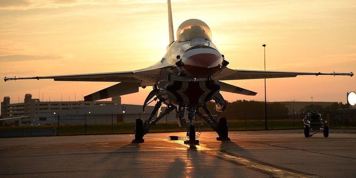 Thunderbirds appearance at North Charleston Air Show in limbo after pilot's death