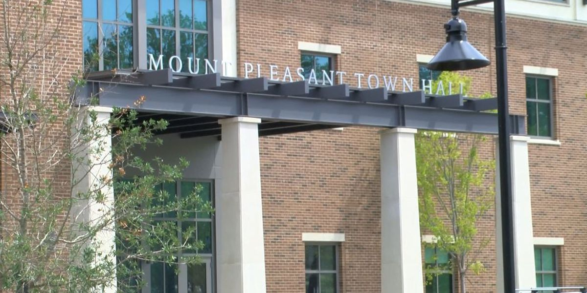 Lawyers ask judge to block identity of Mt. Pleasant town official's name in police report