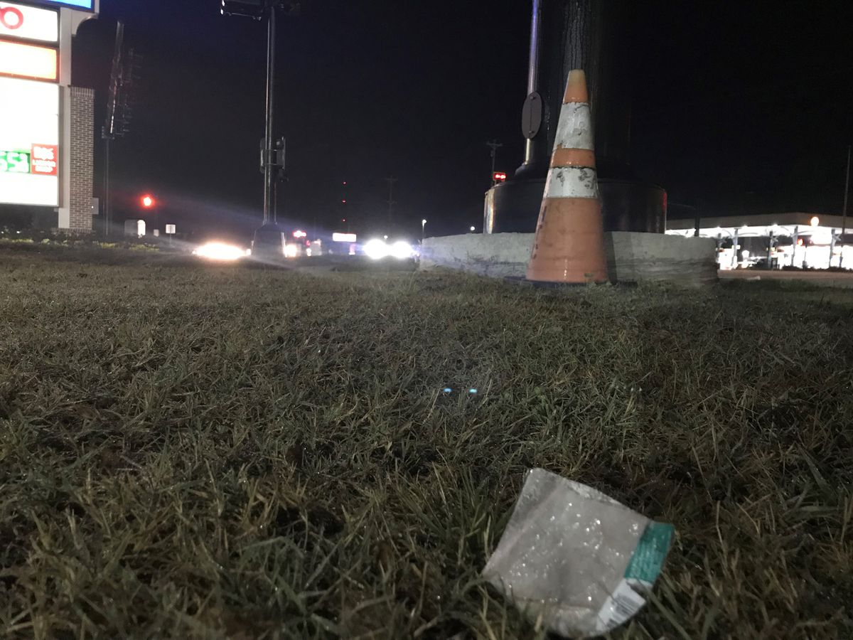 Crews removing litter from Hwy 78 in Dorchester Co. Thursday