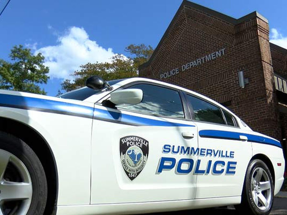 One person transported to hospital following shooting at Summerville apartment complex