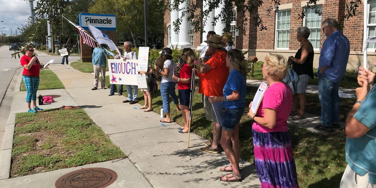 Charleston group holds gun legislation rally outside Sen. Graham's office