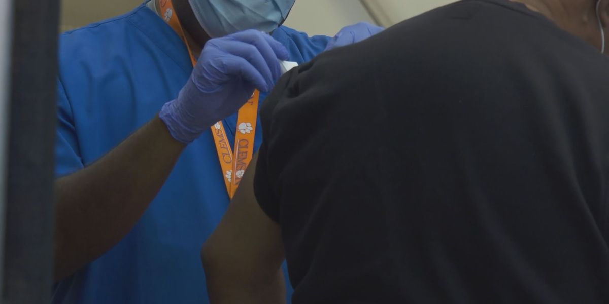 'I'm very concerned': Advocates react to low vaccination rate of Hispanic and Latino communities in SC