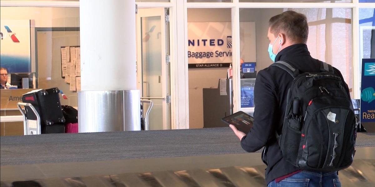 Travel volume cuts by half at Charleston airport due to Coronavirus concerns