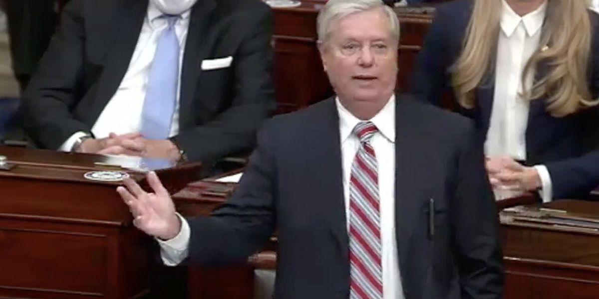 Sen. Graham: Impeaching Trump 'would do more harm than good'