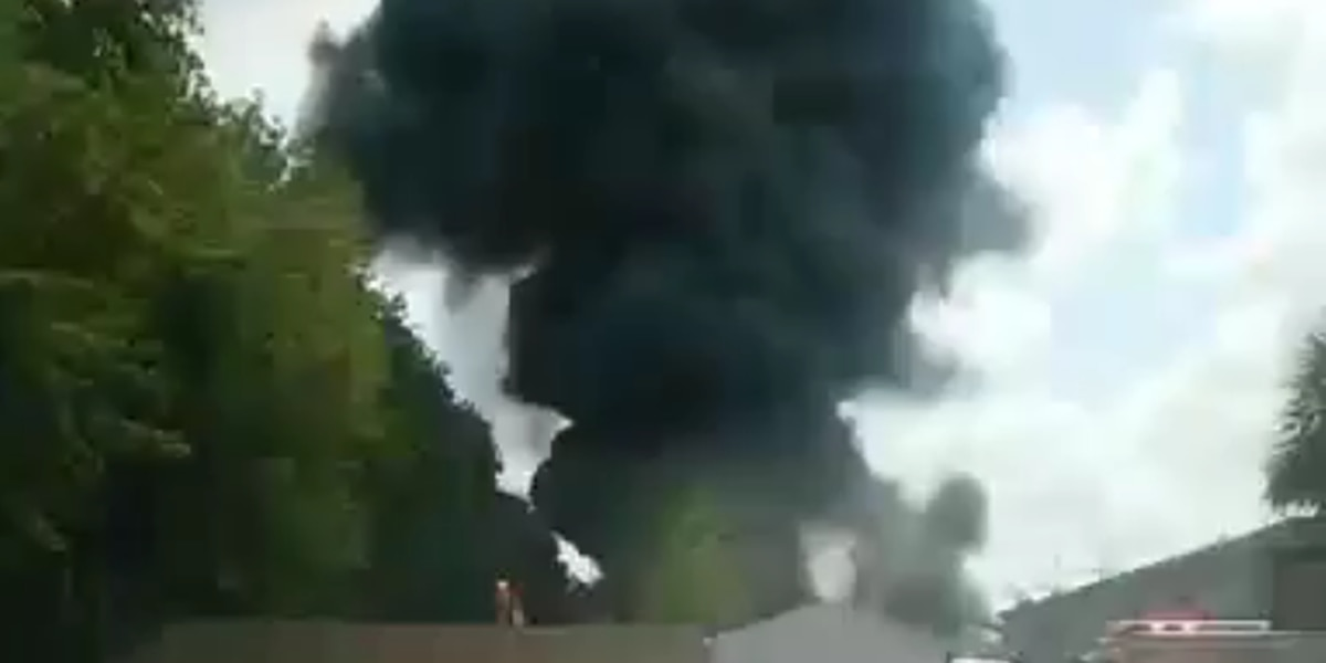 Crews responding to fire in Ladson