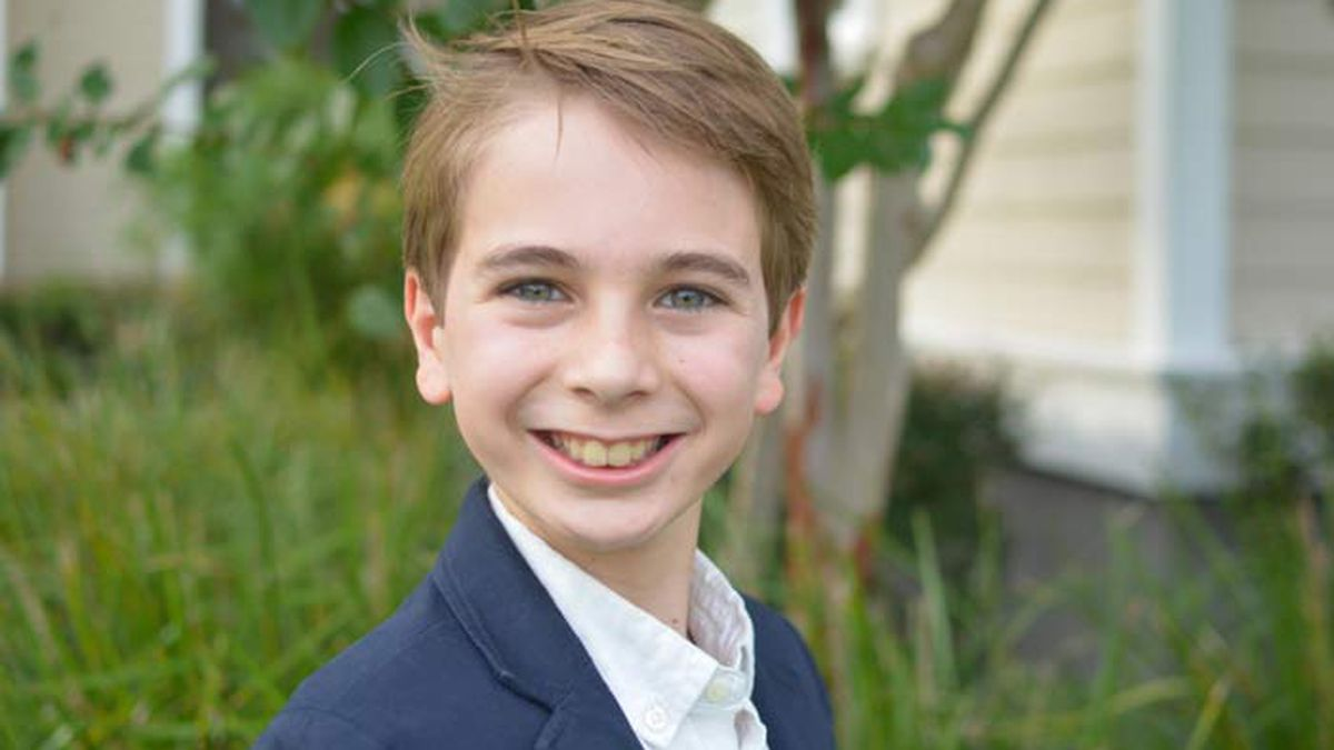 5th grade student wins $1,000 for national research award