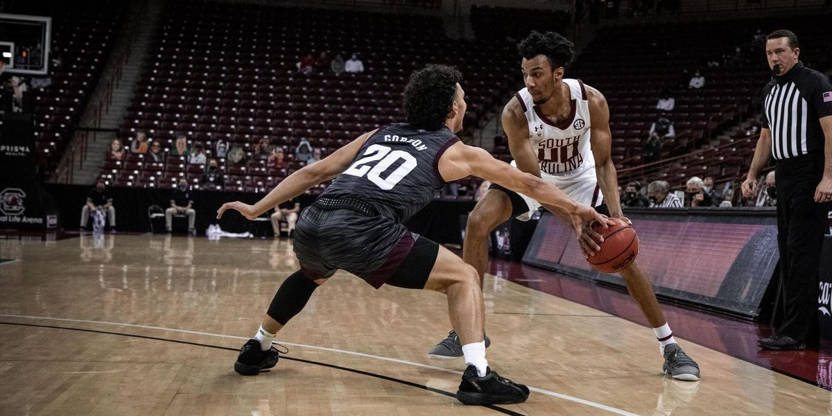 Lawson scores 30, leads South Carolina over Texas A&M 78-54