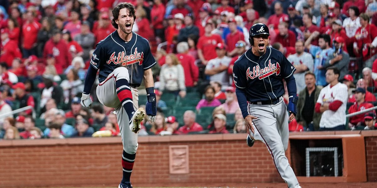 Braves rally past Cards for 2-1 series lead