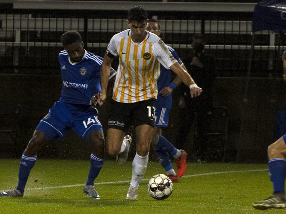 Battery advance in playoffs with 2-1 win over Charlotte
