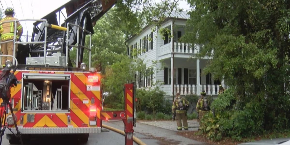 Lightning sparks house fire in Mt. Pleasant
