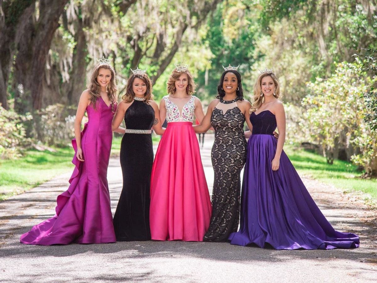 Miss Summerville & Miss North Charleston Scholarship Pageant seeking 2019 contestants