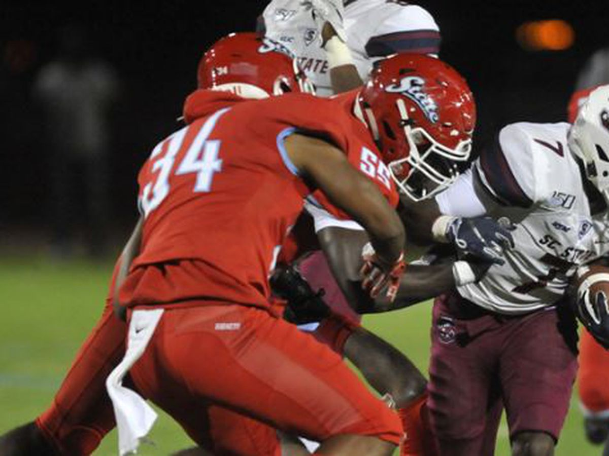 Bulldogs Roll Over Hornets; Pough Ties Coaching Record