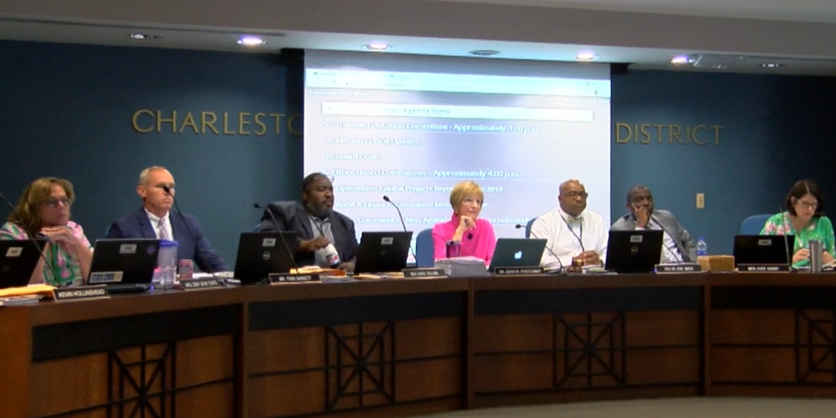 Governor signs bill that changes how Charleston Co. School Board members get elected