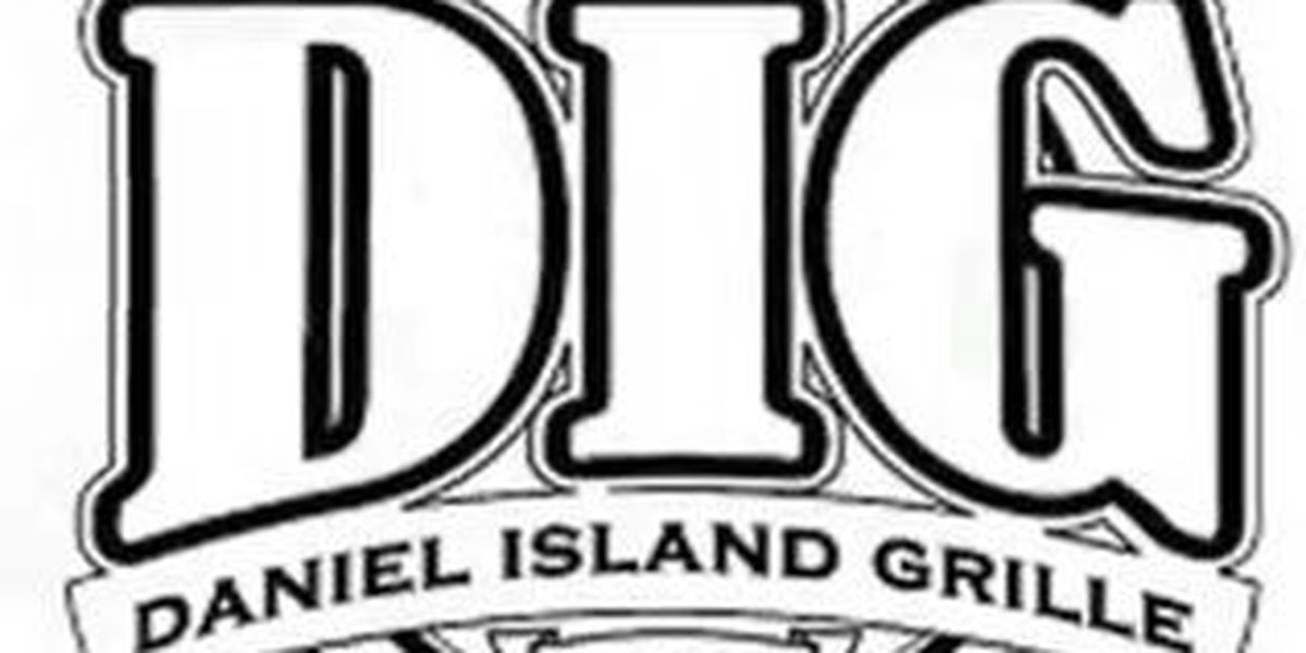 Daniel Island restaurant in trouble for meals named after Clemson, USC football stars