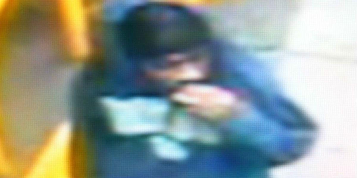Cops: N. Charleston robbery suspect demanded cash, cigarettes