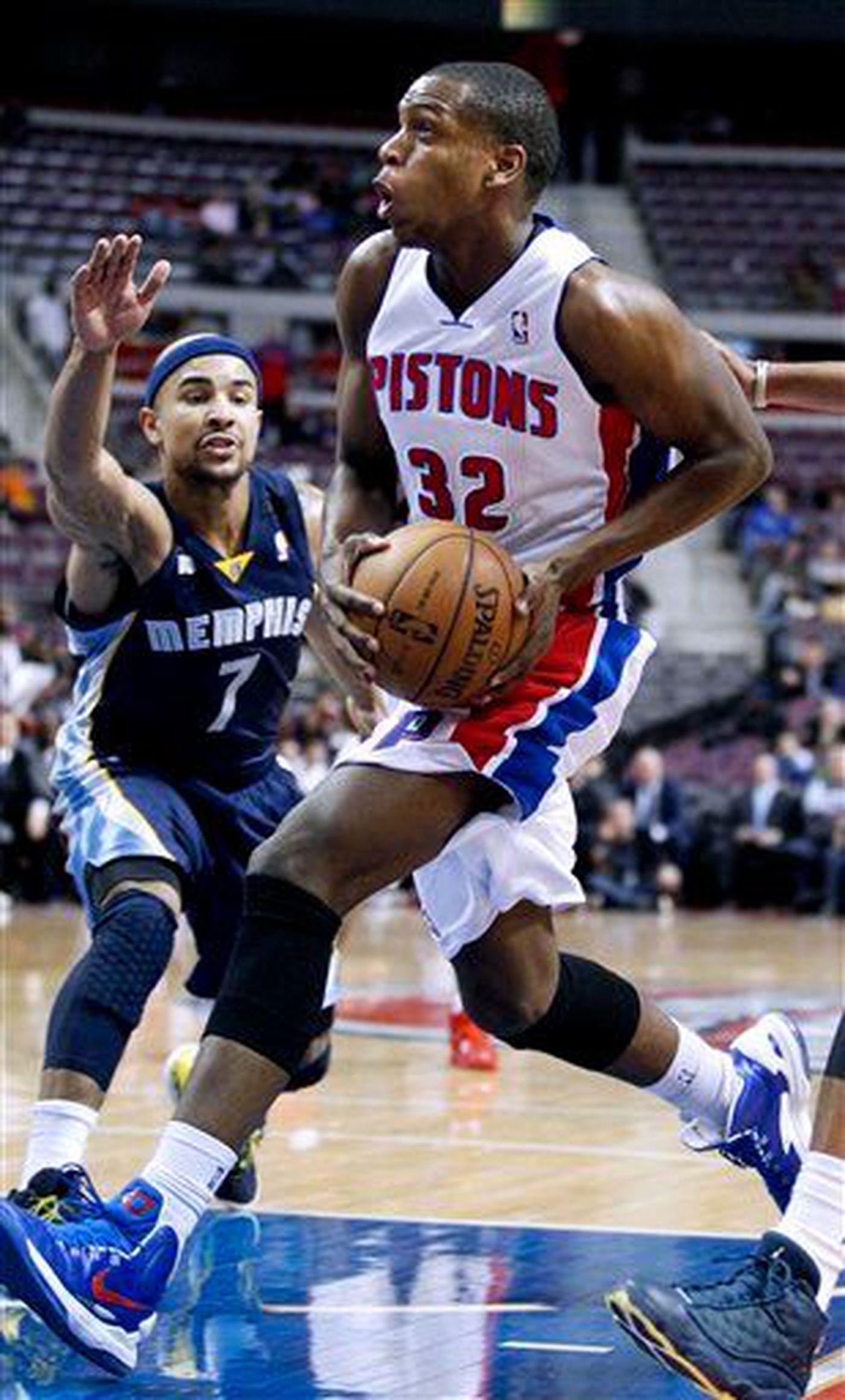 Khris Middleton Traded To Milwaukee Bucks