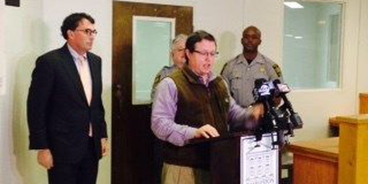 Charleston Co. officials urge people to seek warming shelters