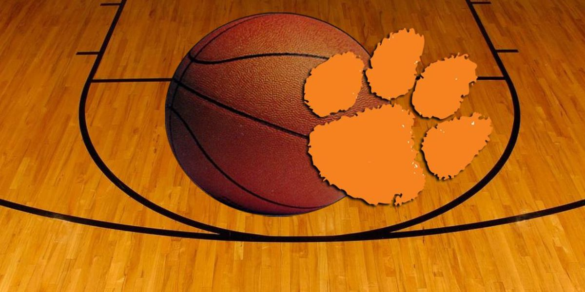 Clemson Goes on 23-0 Run, Races to Victory Over Alabama A&M
