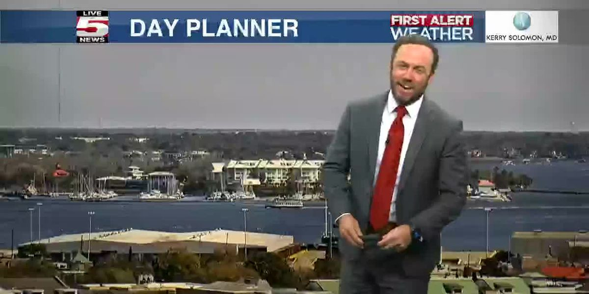 VIDEO: Your Friday night forecast