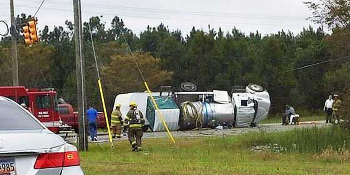 Deming Way re-opens after truck rolls over near Hwy 78 in Summerville