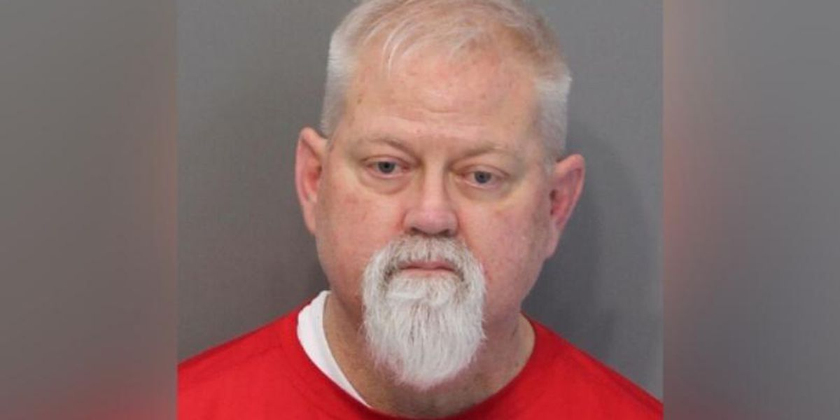 Former Tenn. assistant principal accused of attempting to meet infant for sex