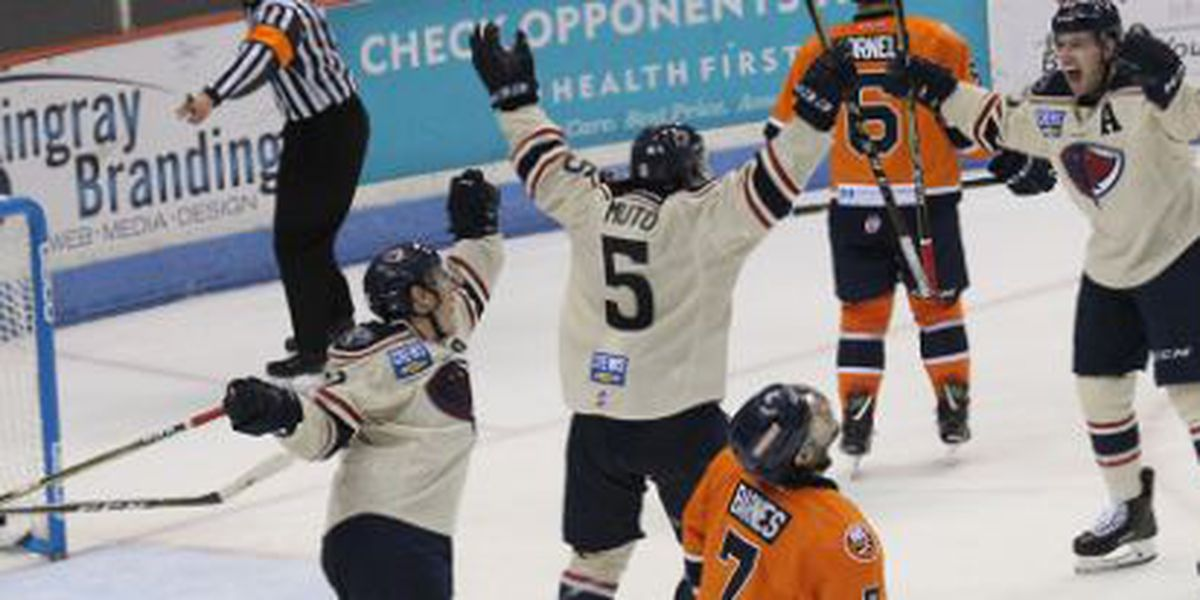 Defiel Powers Stingrays To 4-1 Win With 49 Saves