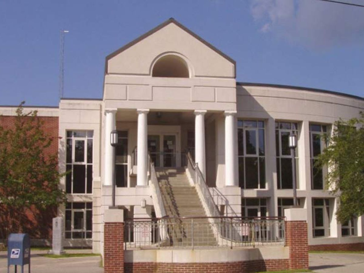 Plumbing issue closes Berkeley County Courthouse Friday