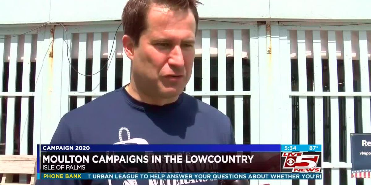 VIDEO: Presidential candidate Seth Moulton meets with supporters in the Lowcountry