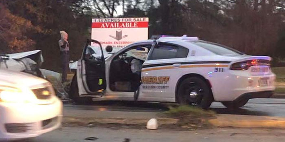 FIRST ALERT: Charleston County deputy involved in North Charleston crash