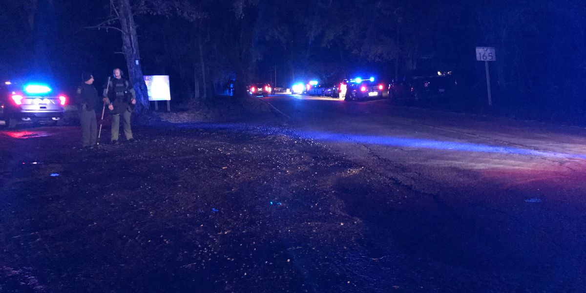 Deputies working active investigation in Ravenel; portion of Highway 165 closed