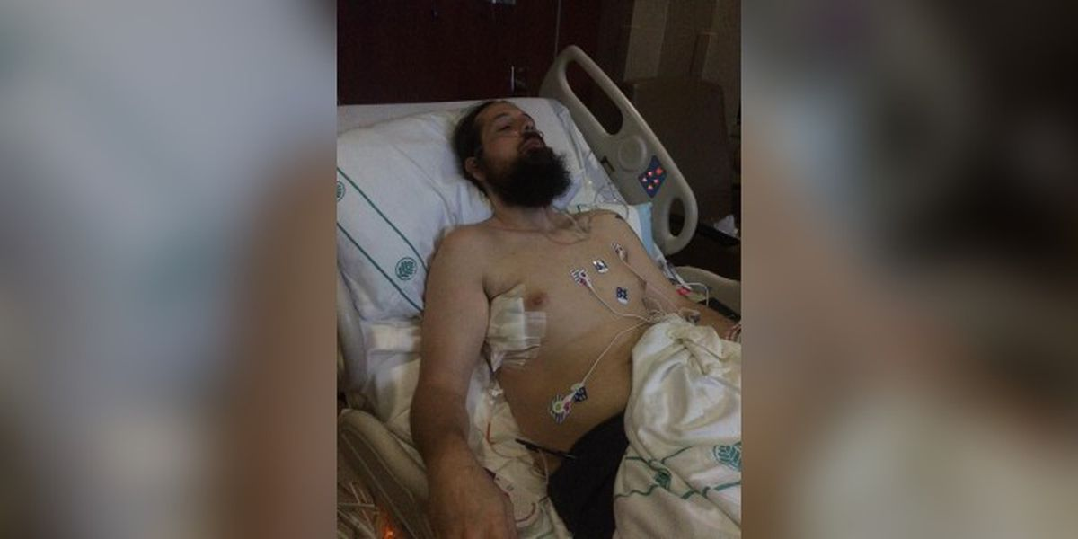 Mooresville man hospitalized after complications from vaping