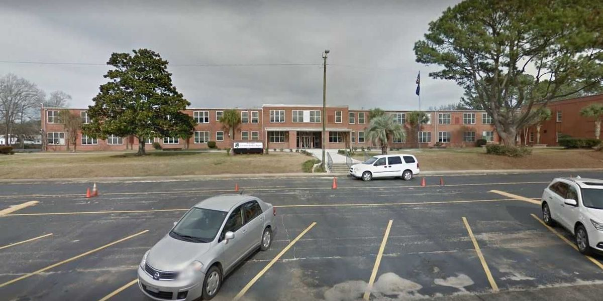 Students charged after two handguns found at West Ashley Middle School