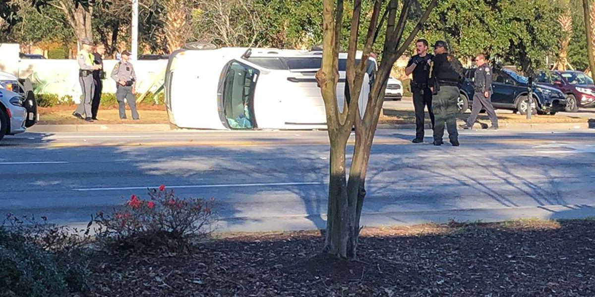 Three people in custody after car chase ends in crash near CSU on Hwy. 78