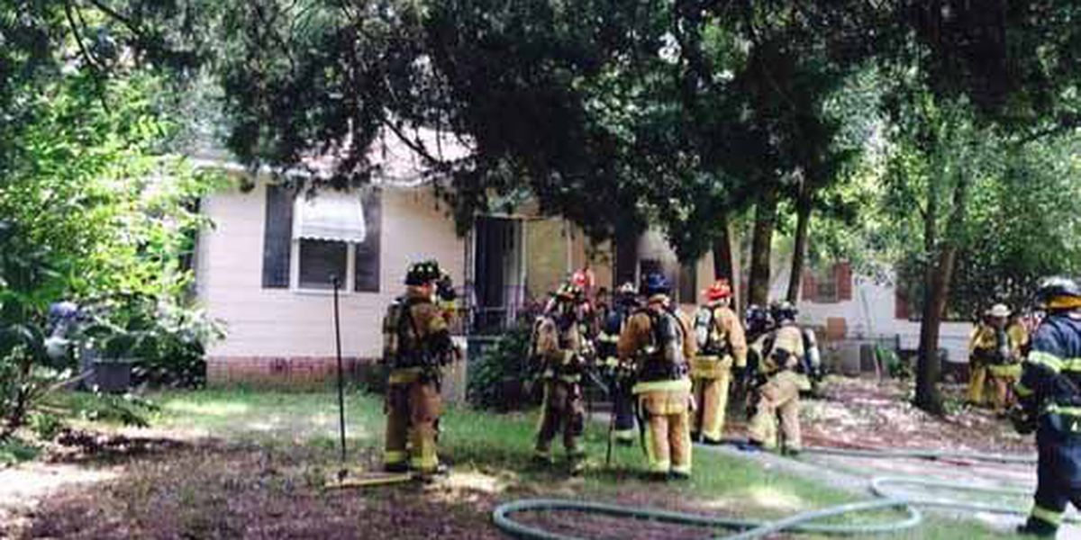 North Charleston house fire displaces family of three