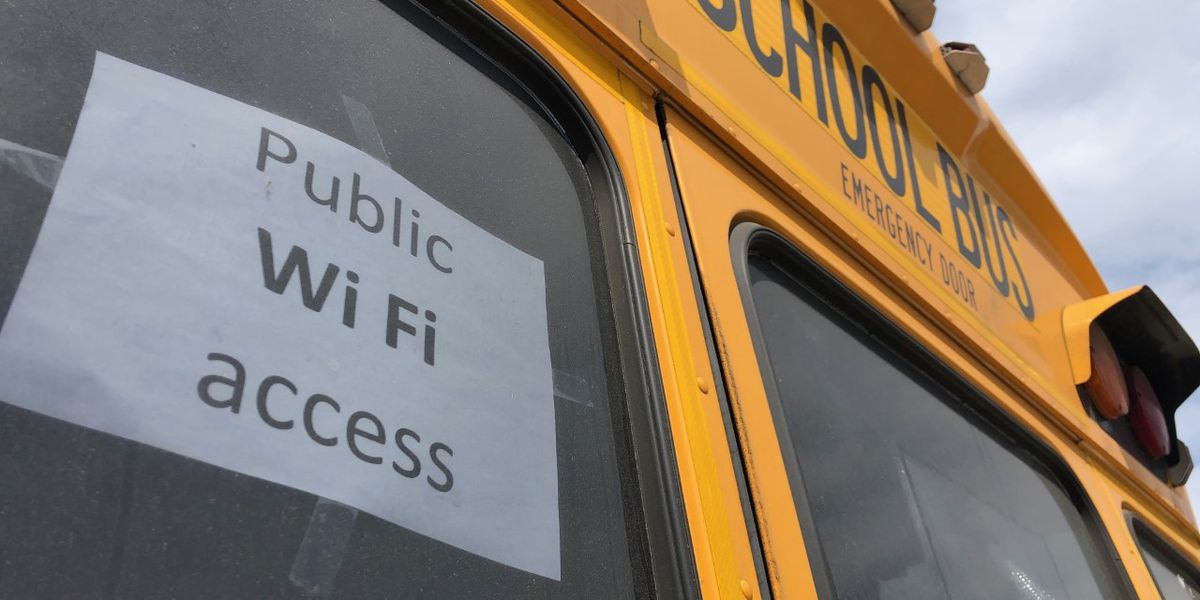 Wi-Fi-enabled buses deployed to help Charleston County students get internet access
