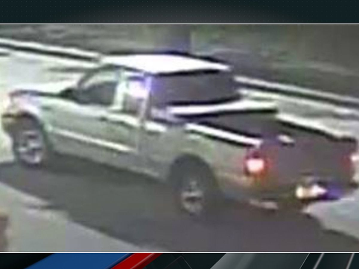 Deputies release pictures of vehicle sought in fatal shooting at Walgreens parking lot