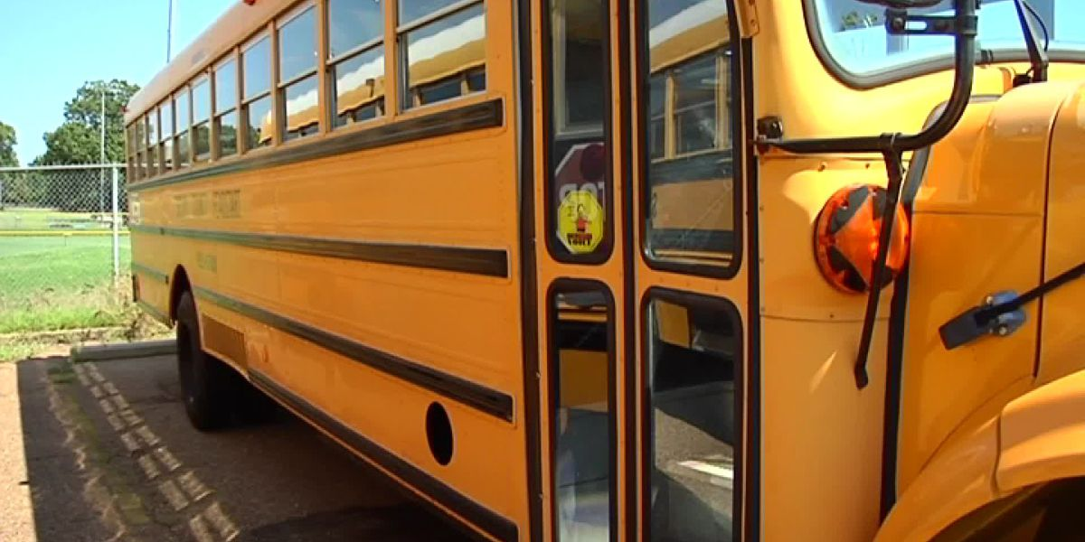 Charleston Co. bus drivers will be paid for some lost work hours during school closures