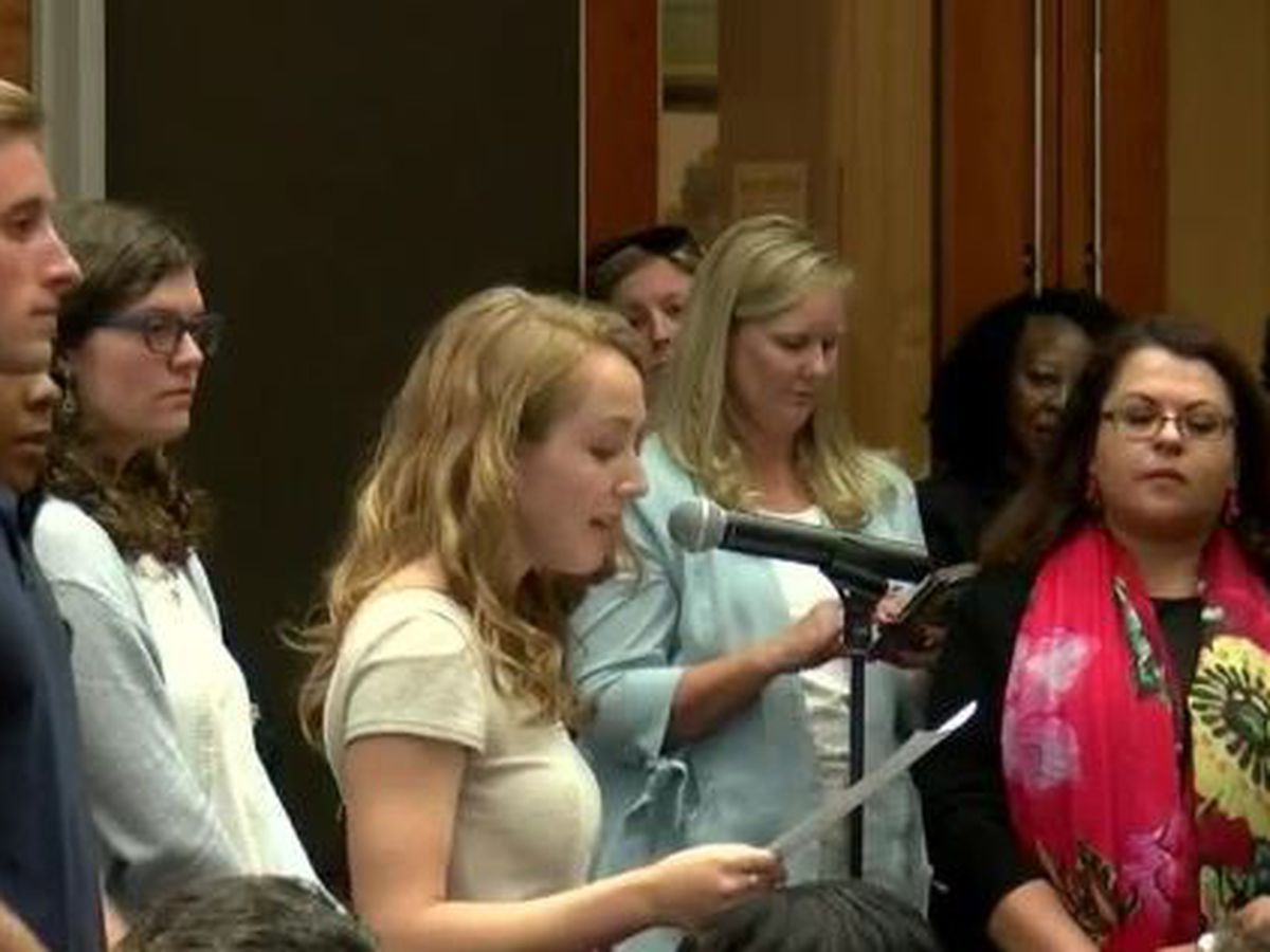UofSC students protest first presidential candidate forum, claims female choices weren't considered