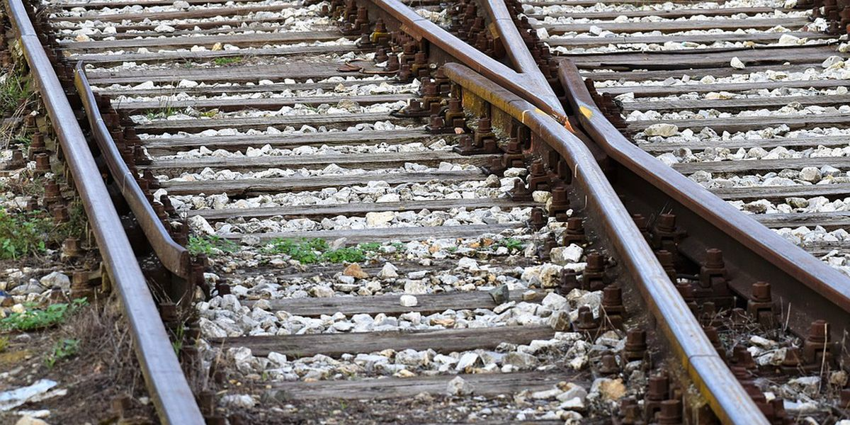 Railroad crossings to temporarily close for repairs in N. Charleston
