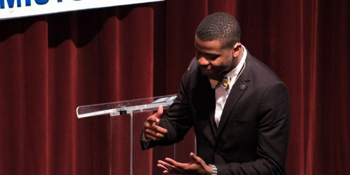 Charleston County School of the Arts senior to represent SC in National Oratorical Contest